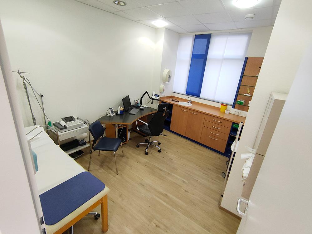 Hausarzt Praxis - Mehmet Hyseni Ehningen